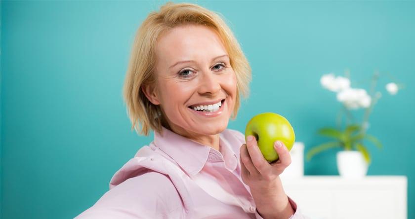 Ménopause, on équilibre entre apport calorique et activité physique