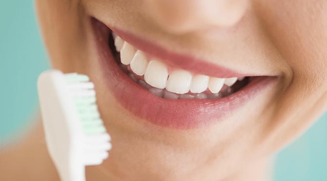 La bonne méthode pour bien se brosser les dents