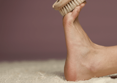 Prendre soin de ses pieds et les soigner