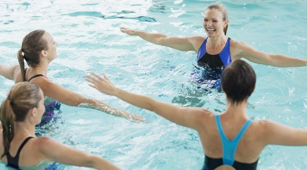 aquagym pour faire de la gymnastique dans l'eau