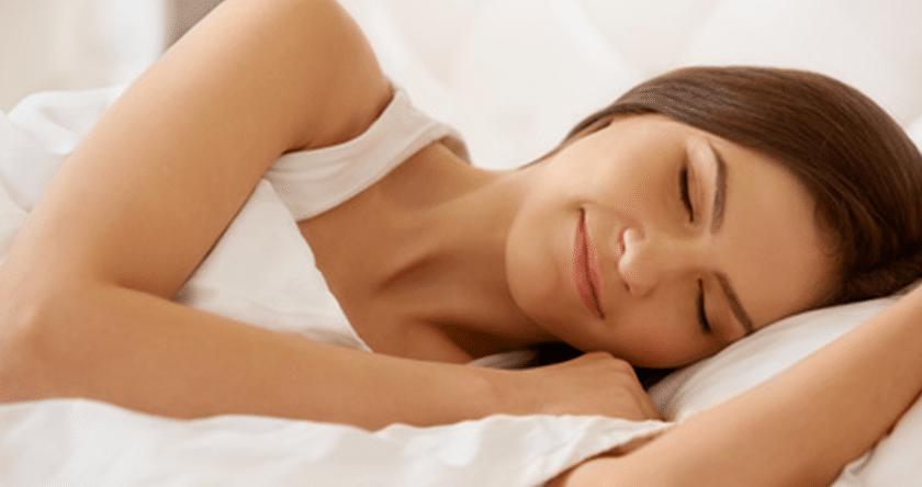 Belle en dormant ! Les bienfaits du sommeil et des soins de nuit