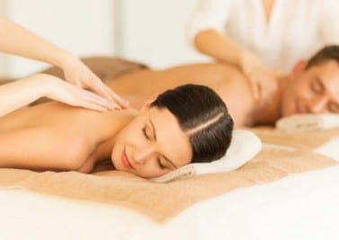 Massage du corps pour se relaxer ou à but médical