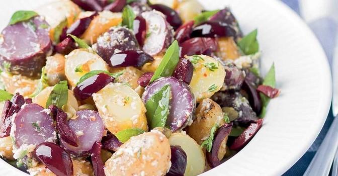 Salade de pommes de terre au raifort et aux olives