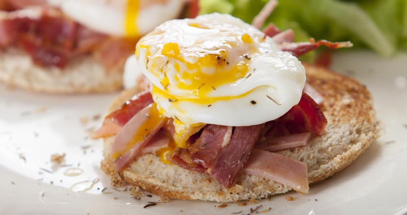 nutrition_recettes_salade_artichaut_bacon_oeuf