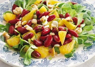 Salade de haricots rouges à l'orange et aux noix de grenoble