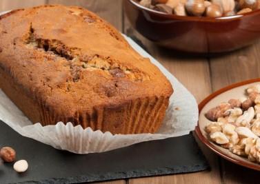 Cake aux châtaignes, aux noix et à la poire