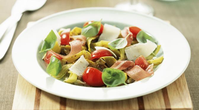 Salade de poireaux aux tomates cerise et aux dés de jambon