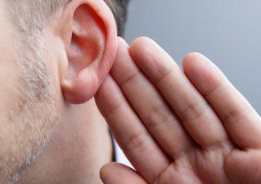 J'ai les oreilles qui sifflent !