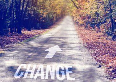 Changer de vie : à petits pas ou le grand saut ?