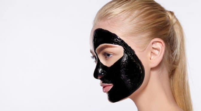 Nos recettes de soin du visage au charbon végétal