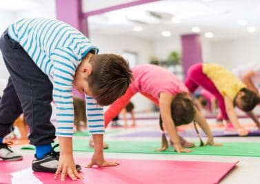 enfants à la gym