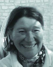 Dr EVELYNE DELREZ