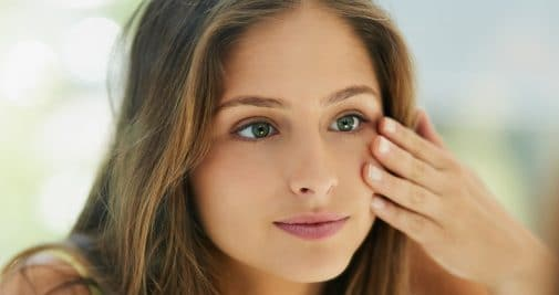 5 gestes beauté anti fatigue