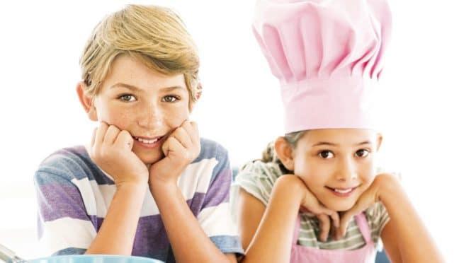 Une alimentation équilibrée pour Émilie et Adrien, 6 et 8 ans