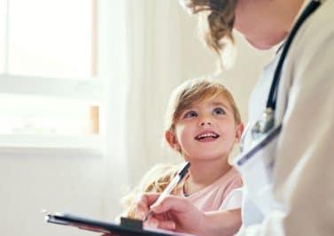 La scarlatine, une maladie infantile bénigne mais spectaculaire
