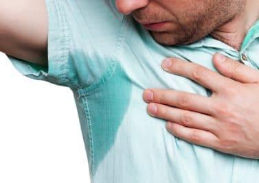 7 gestes naturels pour dire stop à la transpiration excessive