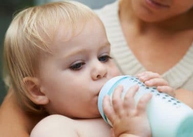 Allergie ou intolérance au lactose chez le nourrisson