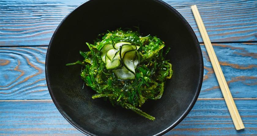 Des algues dans l'assiette