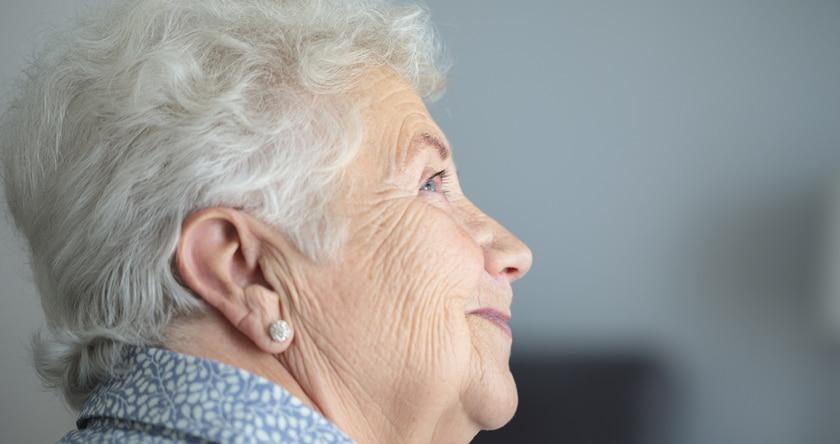 Appareils auditifs dernière génération : la haute technologie au service du son