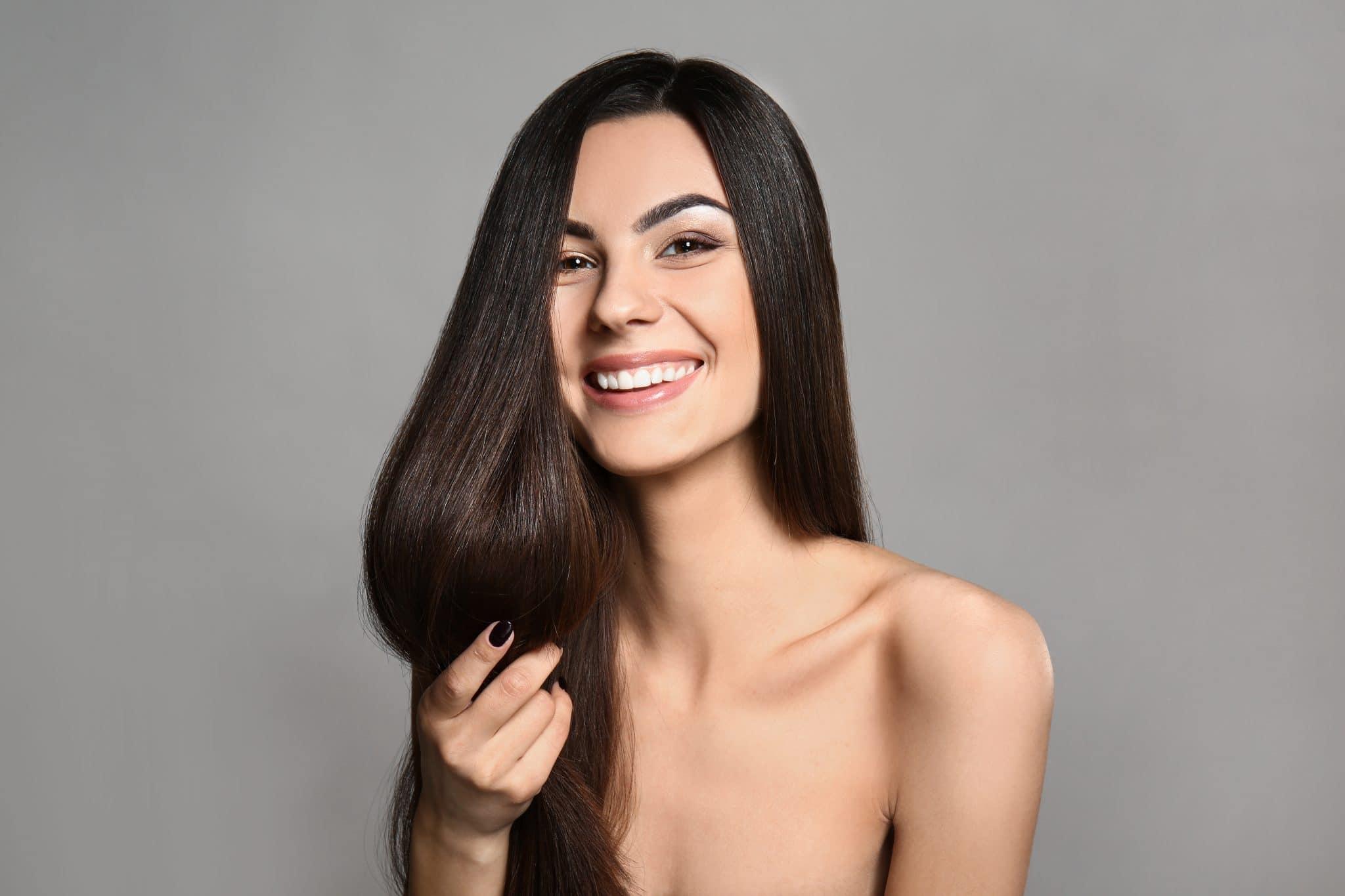 Conseils beauté : tout sur les techniques de lissage capillaire !