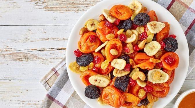 On fait provision de fruits secs